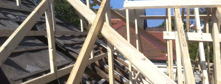 Roof trusses on extension