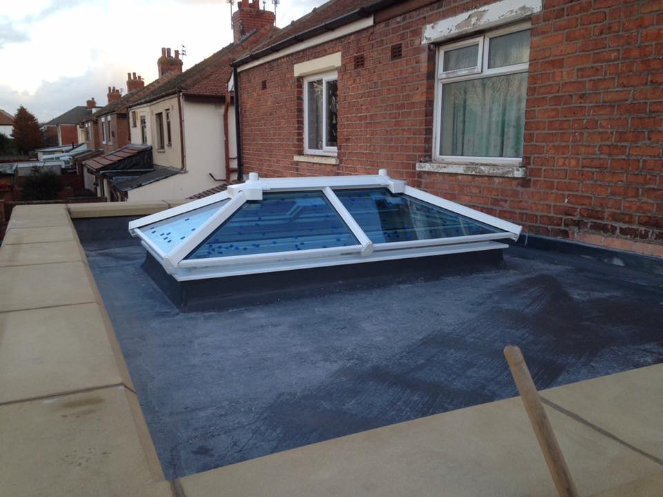 Extension With Parapet Wall And Sky Lantern Building And