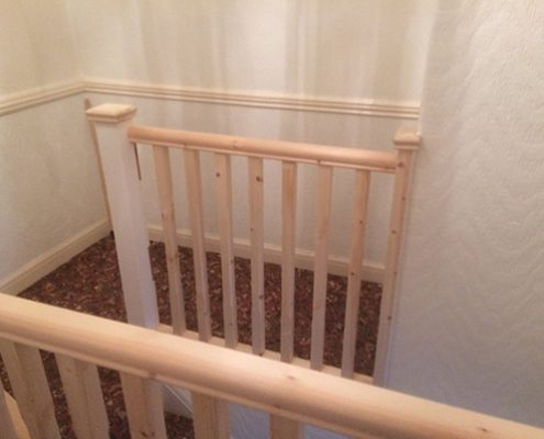 Up grading 70's ranch style balustrading